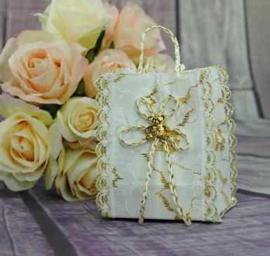 Wedding Gift bag - gold bear & lace - Wedding Wish Image 1