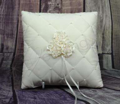 Wedding  Ring cushion - quilted ivory with roses and pearls Image 1