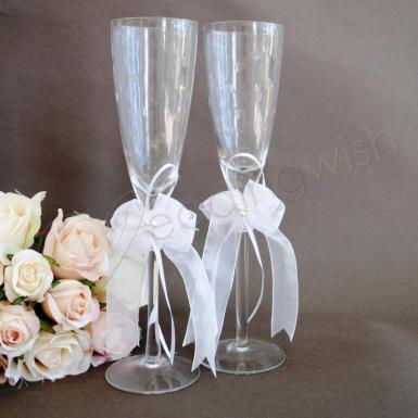 Wedding  Toasting glass - champagne bubbles Image 1