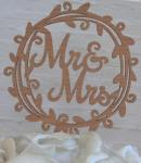Mr and Mrs Wreath Wooden Cake Pick image