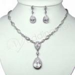 Necklace and Earring Crystal Set image