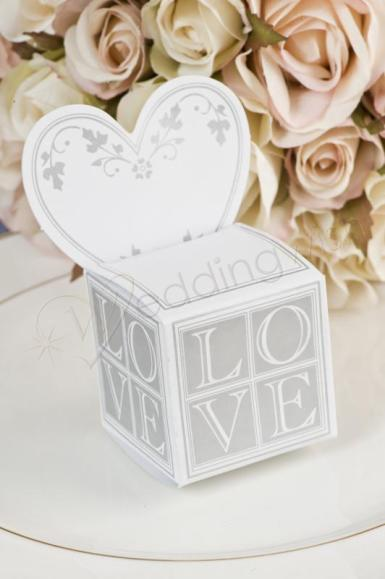 Wedding  Heart Place Card Bomboniere Box x 12 Image 1