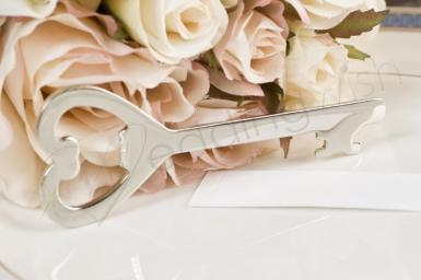 Wedding  Heart Bottle Opener with Ribbon and Card Image 1