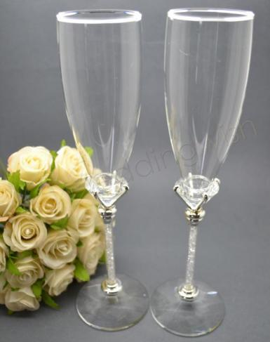 Wedding Diamond Base Crystal Stem Champagne Toasting Glasses - Wedding Wish Image 1